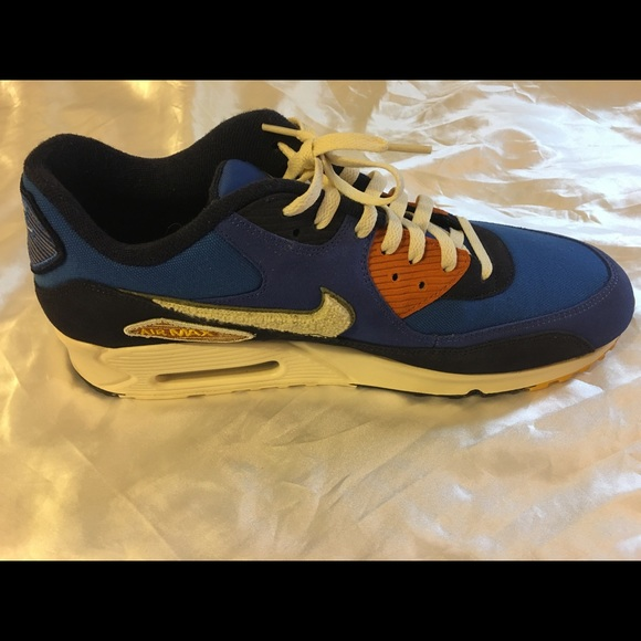 Nike Other - Nike air Max 90 sneakers